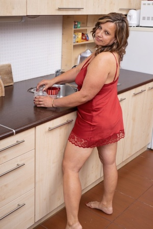 Housewife Mature Pussy
