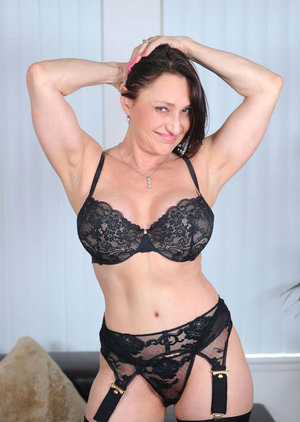 Mature Pussy In Lingerie